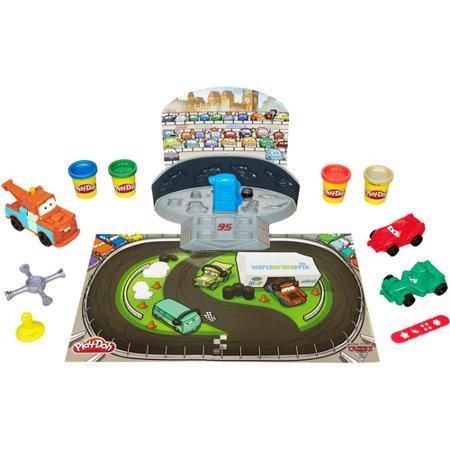 Disney Cars 2 Play-Doh Mold 'n' Go Speedway