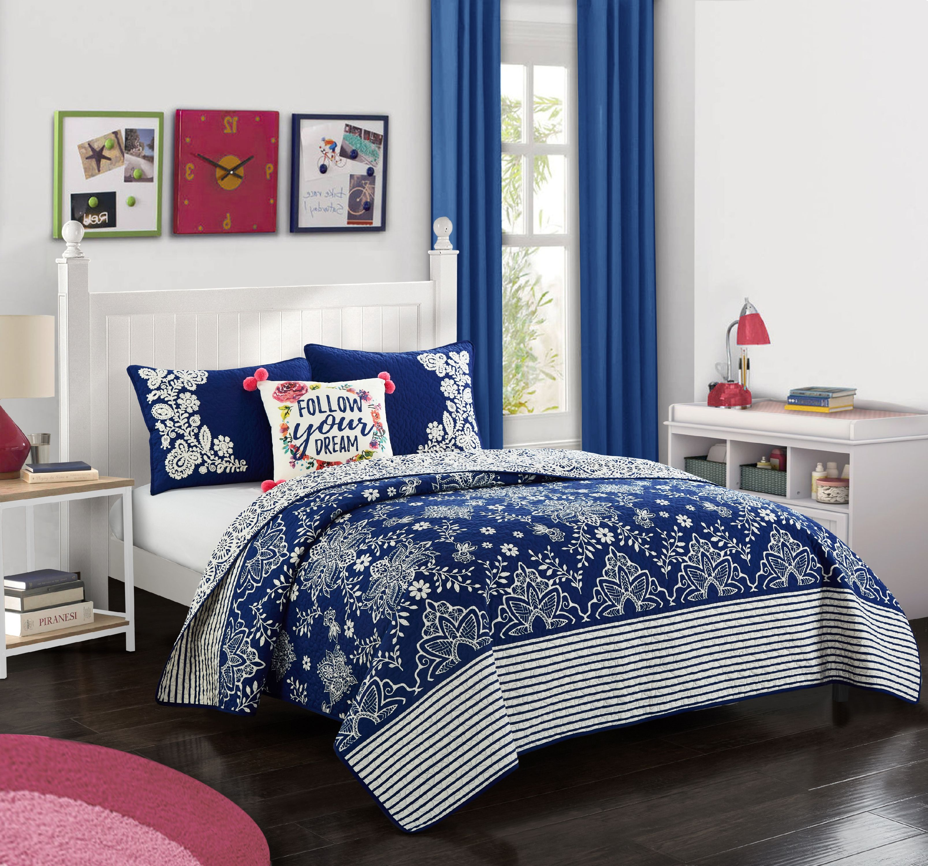 Better Homes & Gardens Flowing Floral Quilt Set