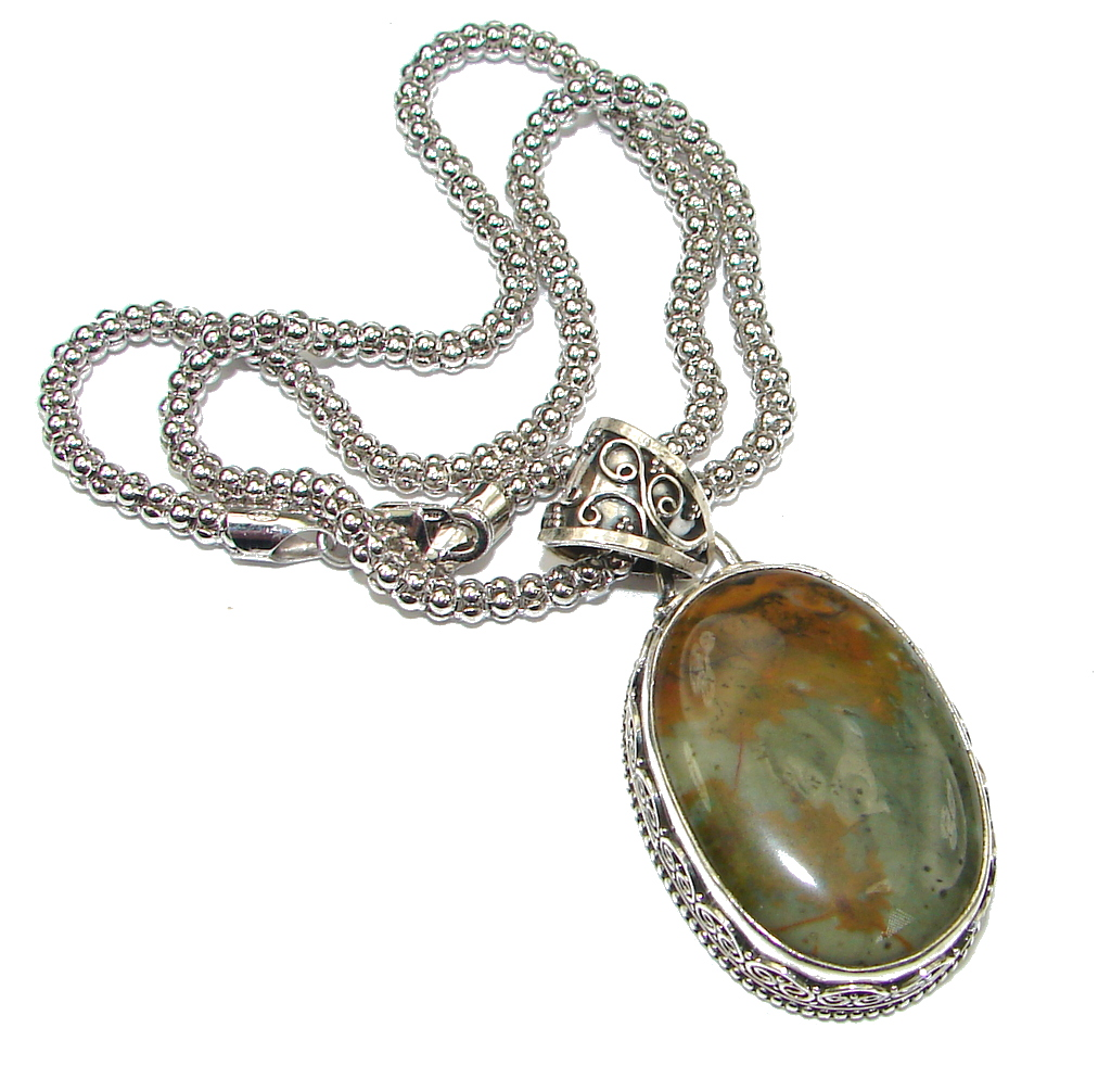 Instant Classic! Montana Agate Sterling Silver Necklace by SilverRush Style