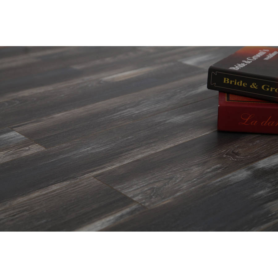 12mm AC3 Coast Collection Laminate Flooring - Show Shade Oak