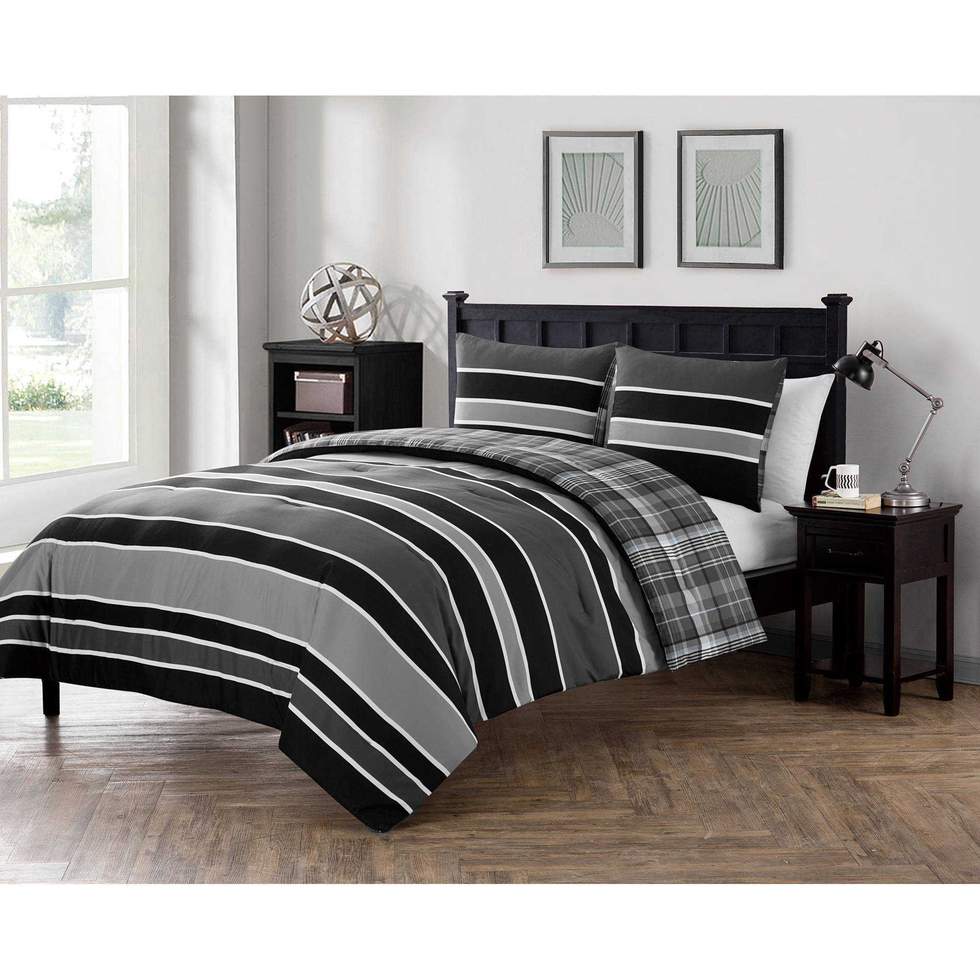 VCNY Home Stripe Printed 2/3 Piece Baxter Reversible Plaid Bedding Comforter Set, Shams Included