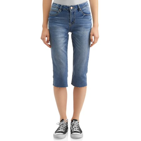 Juniors' Distressed Wash Capri Skinny Jeans