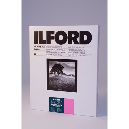 50 Glossy Brochure Sheets (Ilford Multigrade IV RC Deluxe MGD.1M Black and White Variable Contrast Paper (8 x 10 Inches, Glossy, 50 Sheets) (1770339) )