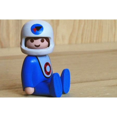 LAMINATED POSTER Science Character Toys Fiction Spaceman Space Poster Print 24 x 36](Space Character)