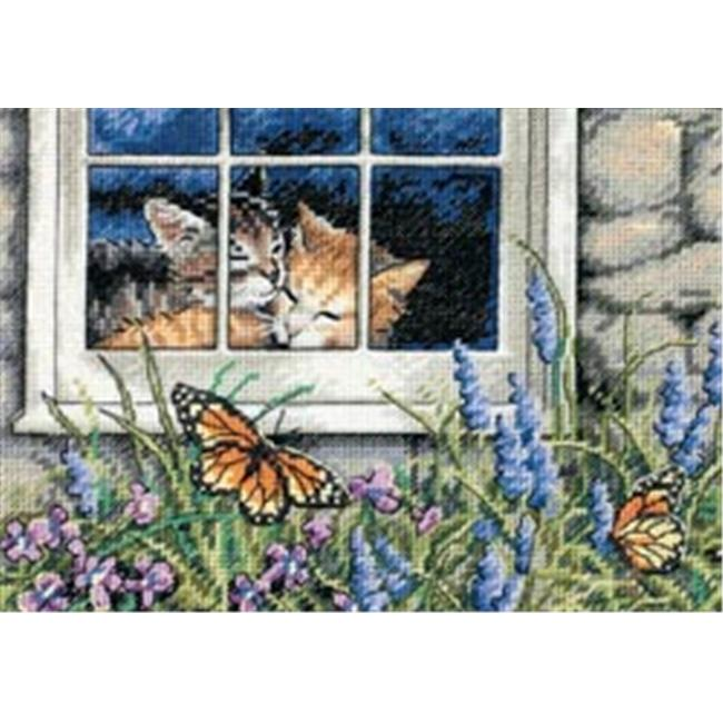 330105 Gold Collection Petite Feline Love Counted Cross Stitch Kit-7 in. x 5 in. 18 Count
