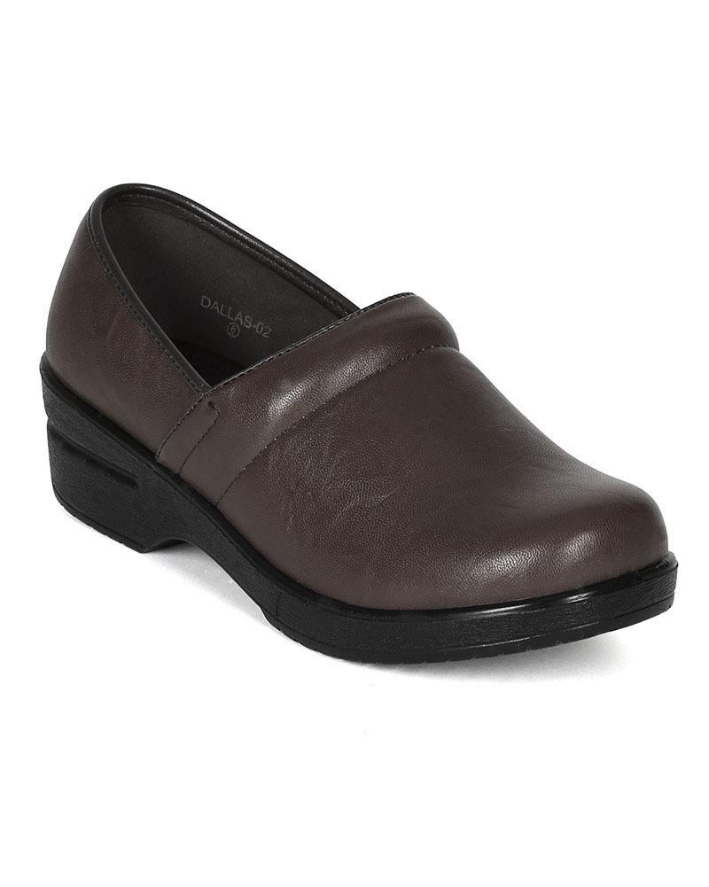 New Women Refresh Dallas-02 Leatherette Round Toe Slip On Clog
