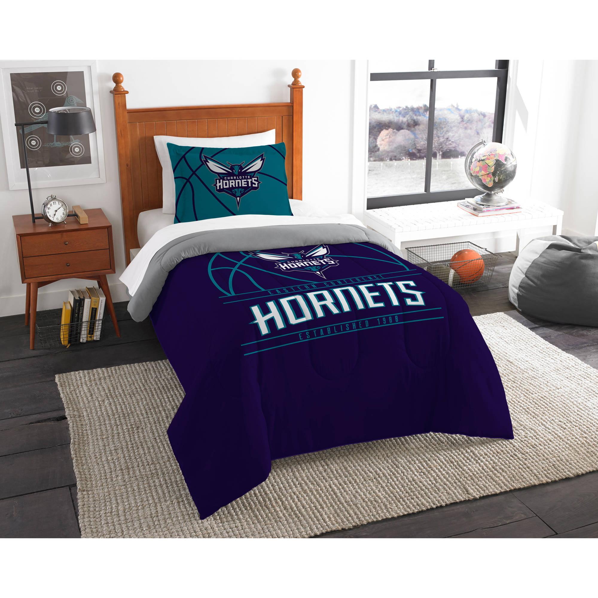 """NBA Charlotte Hornets """"Reverse Slam"""" Bedding Comforter Set"""