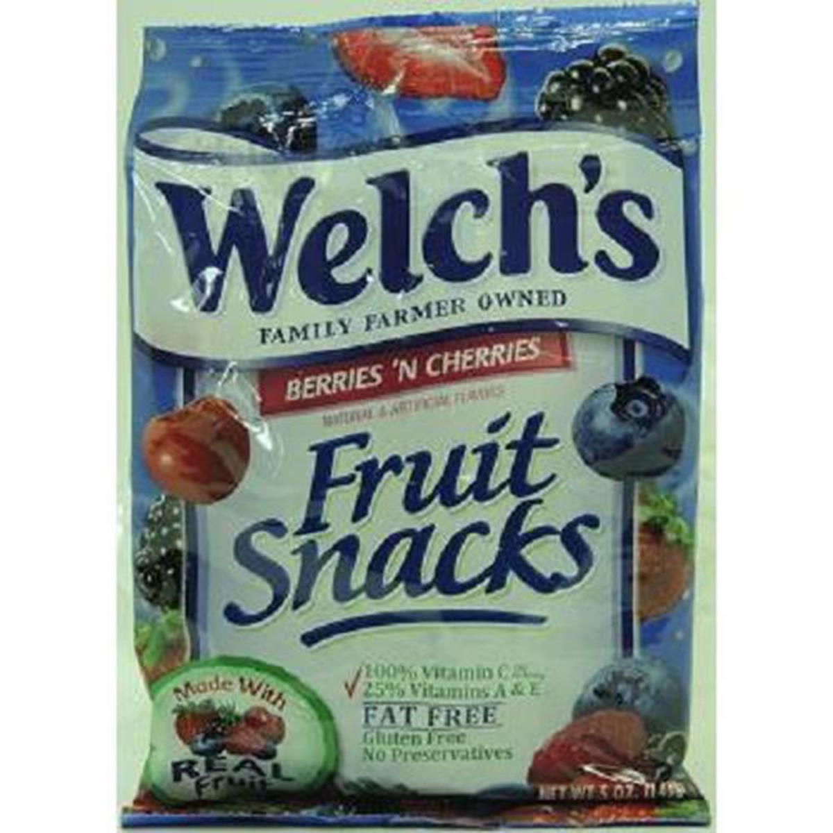 Welch's Fruit Snacks, Berries 'N Cherries, 5-Ounce Bags (Pack of 12)