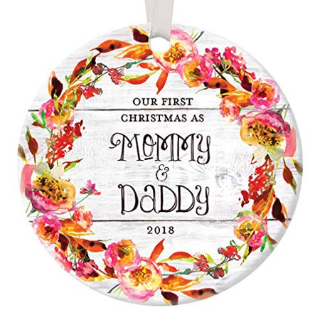 Our First Christmas Ornament (Rustic New Parents Ornament 2018, Our First Christmas as Mommy and Daddy Ornament 1st Xmas Baby Mom Dad Floral Circle Ceramic Present 3