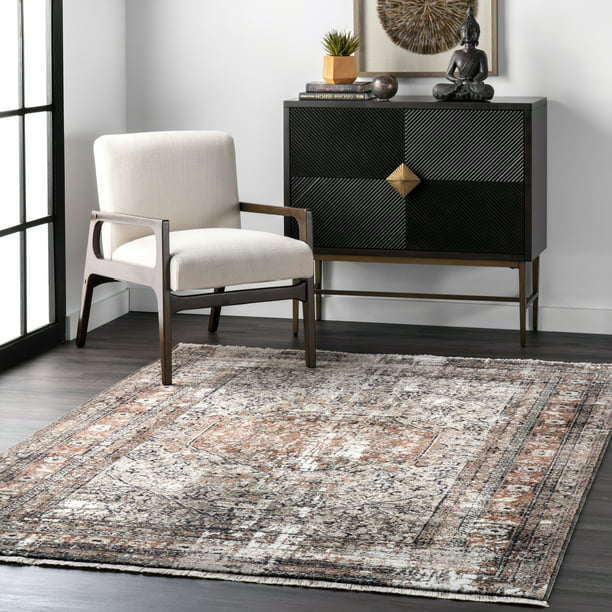 nuLOOM Charvi Distressed Medallion Fringe Area Rug