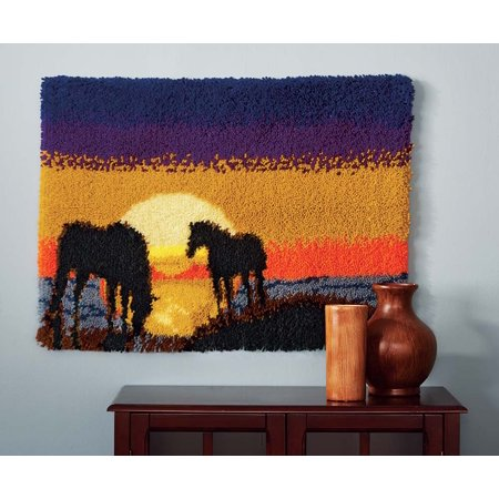 - Mary Maxim Grazing at Sunset Latch Hook Rug