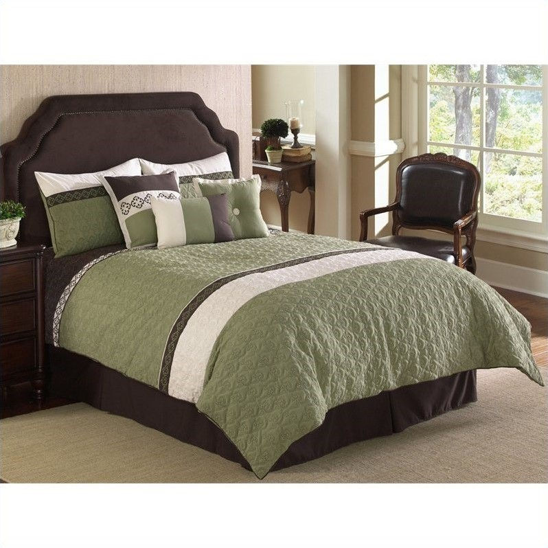 Frontera Quilted 7 Piece Comforter Set in Green and White-King Size