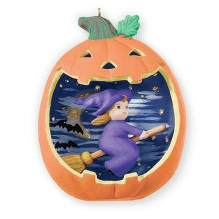 Hallmark Halloween Decorations (Hallmark Ornament 2013 Happy Halloween #1 - Witch in)