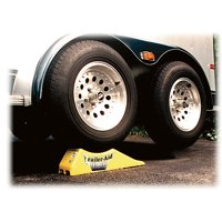 """Camco Trailer-Aid """"Plus"""" Tandem Tire Changing Ramp, The Fast and Easy Way To Change A Trailer's Flat Tire, Holds up to 15,000 Pounds, 5.5 Inch Lift (Yellow)"""