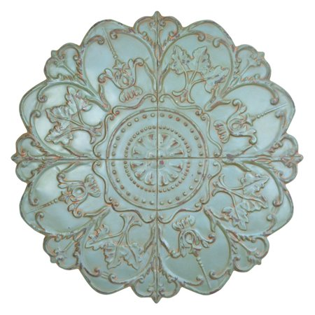 Stratton Home Decor Shabby Medallion Wall Decor ()