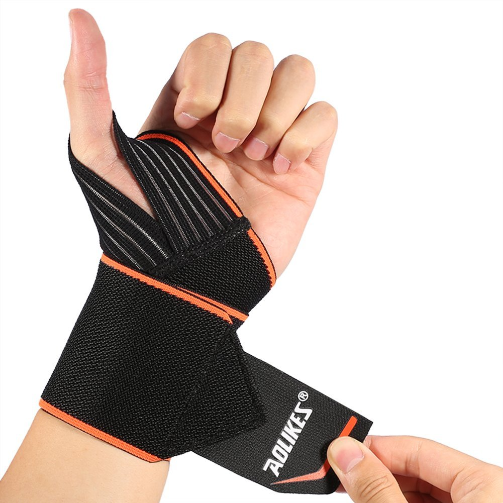 A Pair of Wrist Wraps with Wider Thumb Loops,Adjustable Wrist Wraps Support Brace with Thumb Stabilizer for Crossfit,Powerlifting,One Pair Wrist Wraps Weightlifting for men and women