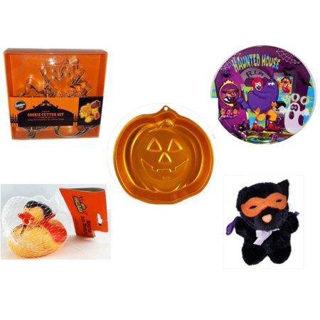 Halloween Fun Gift Bundle [5 Piece] - Wilton Autumn 8-Piece Cookie Cutter Set - McDonald's Haunted House, RIP, Boo  Plate - Wilton Iridescents Jack-O-Lantern Pan - Happy  Monster Duck Novelty -Vampi
