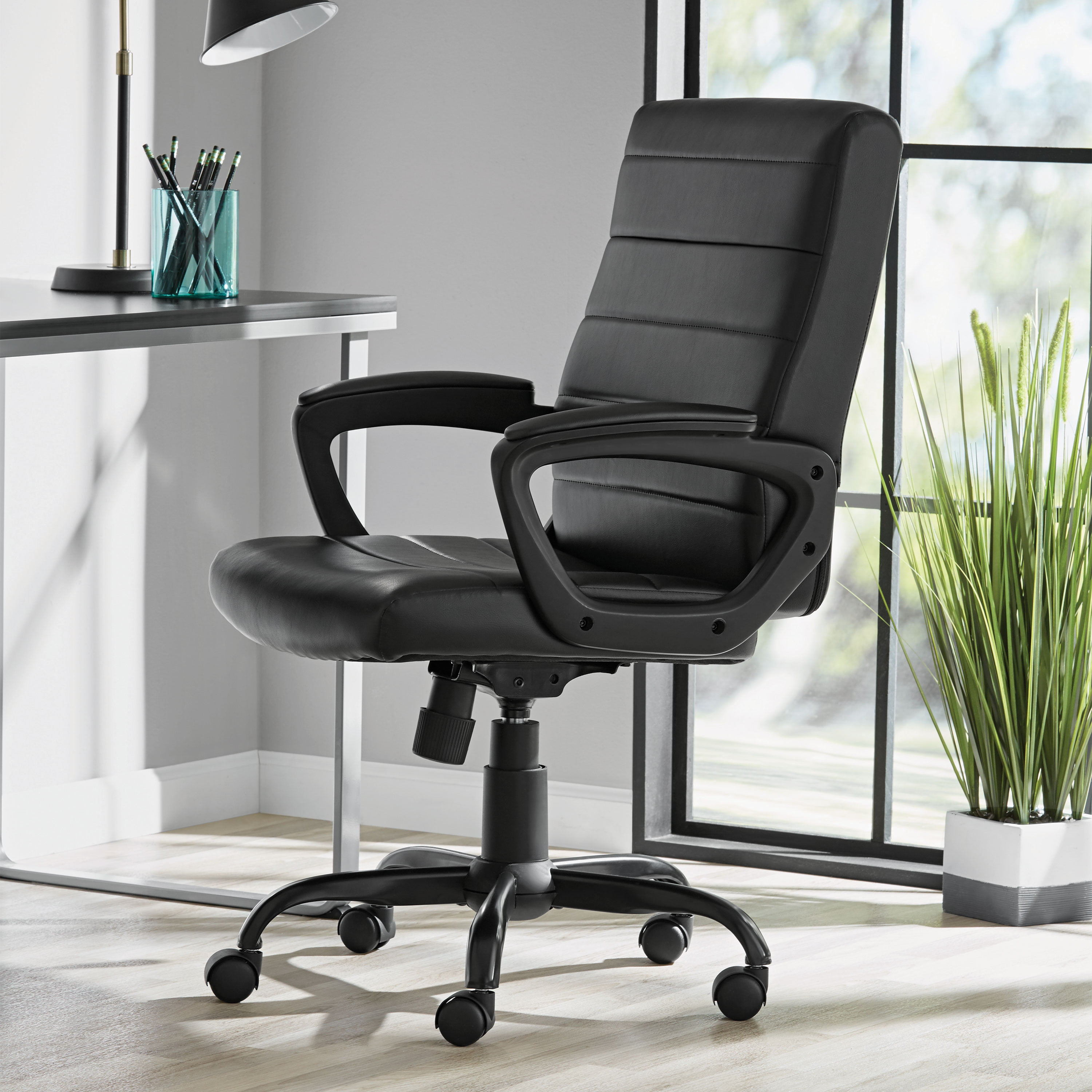 Mainstays Bonded Leather Mid Back Manager S Office Chair Black Walmart Com Walmart Com