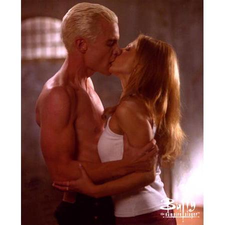 Buffy Cast Halloween (Buffy The Vampire Slayer Cast Spike Buffy Kiss 11x17 Mini)