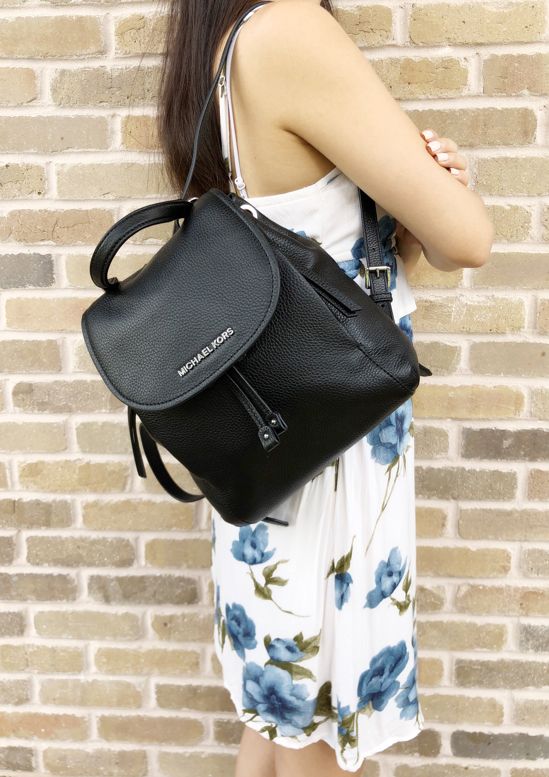994008a9db61 Michael Kors - Michael Kors Riley Medium Backpack Black Pebbled Leather  Drawstring Flap Bag - Walmart.com