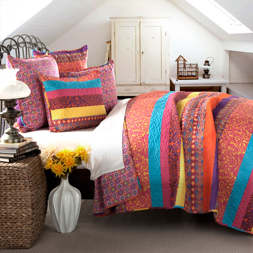 Boho Stripe 5-Piece Fuchsia Quilt Set by Generic
