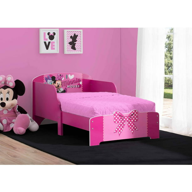 Delta Children Disney Minnie Mouse Wooden Toddler Bed, Pink