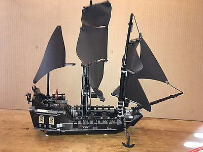Pirates of the Caribbean The Black Pearl Set Lego 4184 by LEGO Systems, Inc.