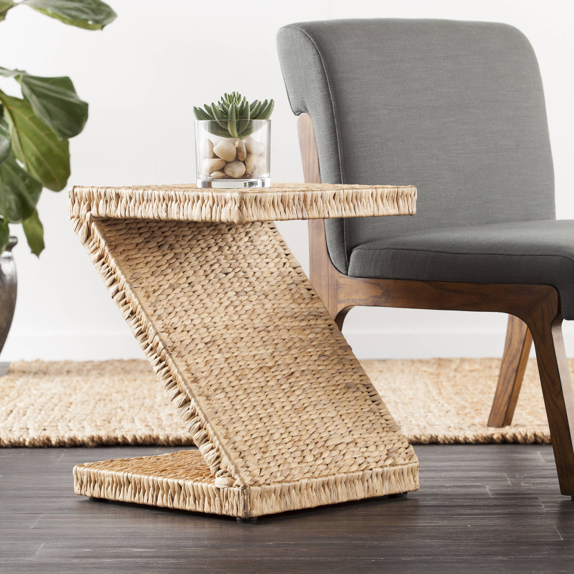 Holly and Martin Zico Water Hyacinth Accent Table, Natural Hyacinth by Southern Enterprises