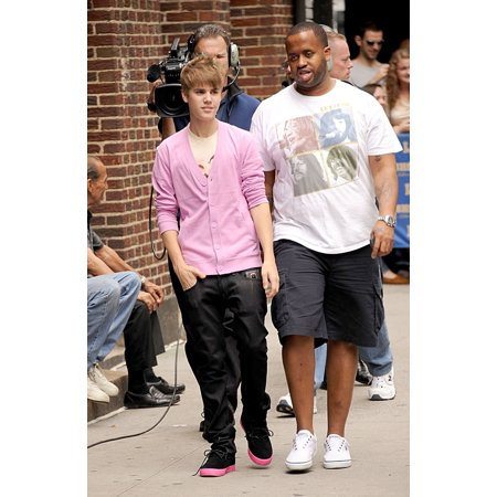 Justin Bieber At Talk Show Appearance For The Late Show With David Letterman - Wed Ed Sullivan Theater New York Ny June 22 2011 Photo By Kristin CallahanEverett Collection Celebrity