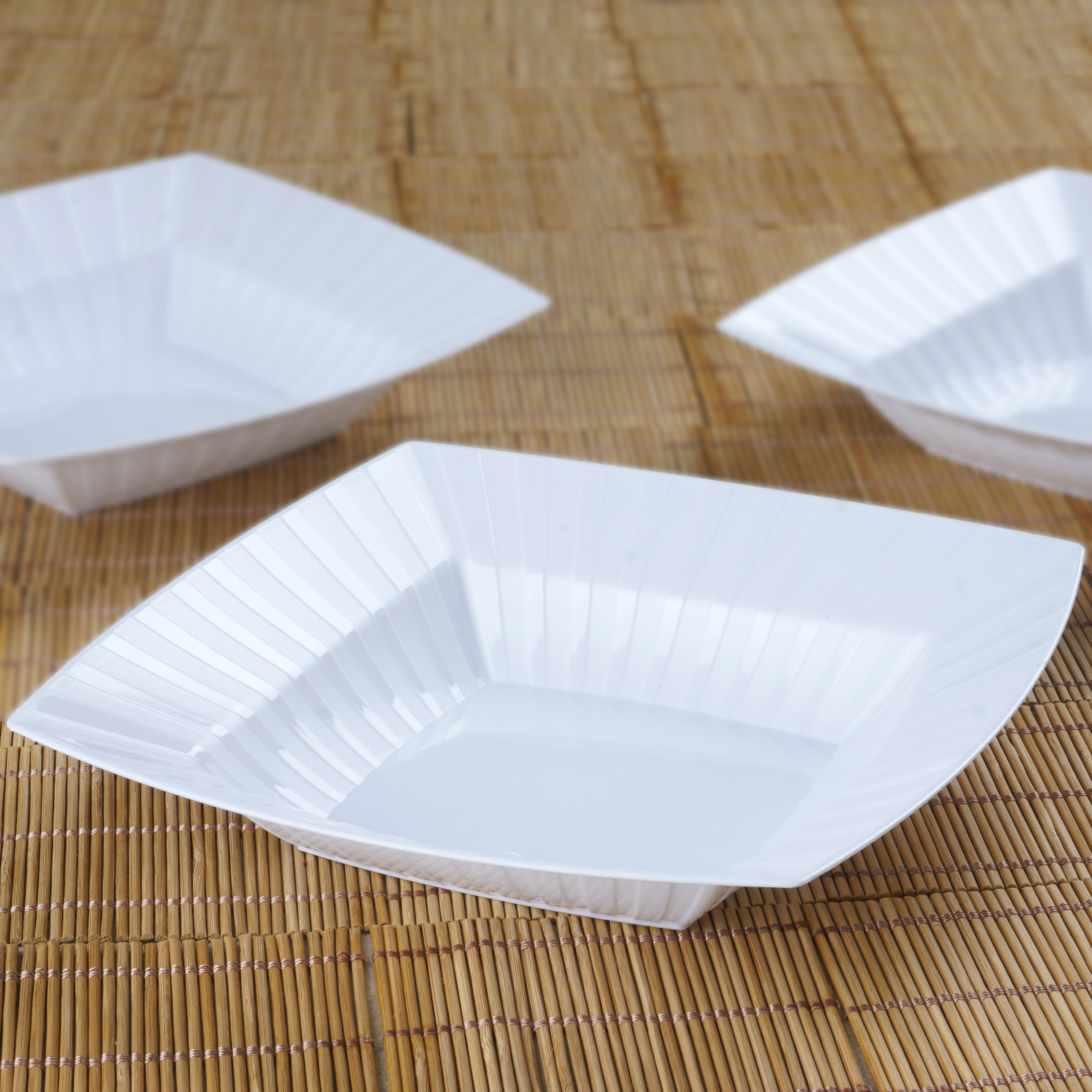 BalsaCircle 10 pcs 32 oz Disposable Square Striped Plastic Bowls for Wedding Reception Party Buffet Catering Tableware