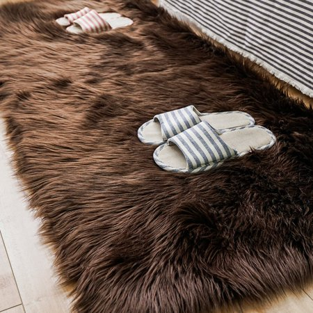 Tayyakoushi Faux Sheepskin Fur Area Rugs,Luxury Fluffy Long Rugs Furry Carpet Plush Seat Pad Sofa Cover Bedside Floor Mat for Bedroom, 2.3ft x 5ft,Brown ()