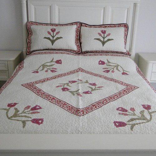 Textiles Plus Inc. Elizabeth Full / Queen Quilt Set