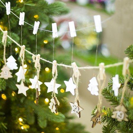 Moderna 1-24 Wooden Christmas Countdown Advent Calendar Star Tree DIY Gift  Tags Decor