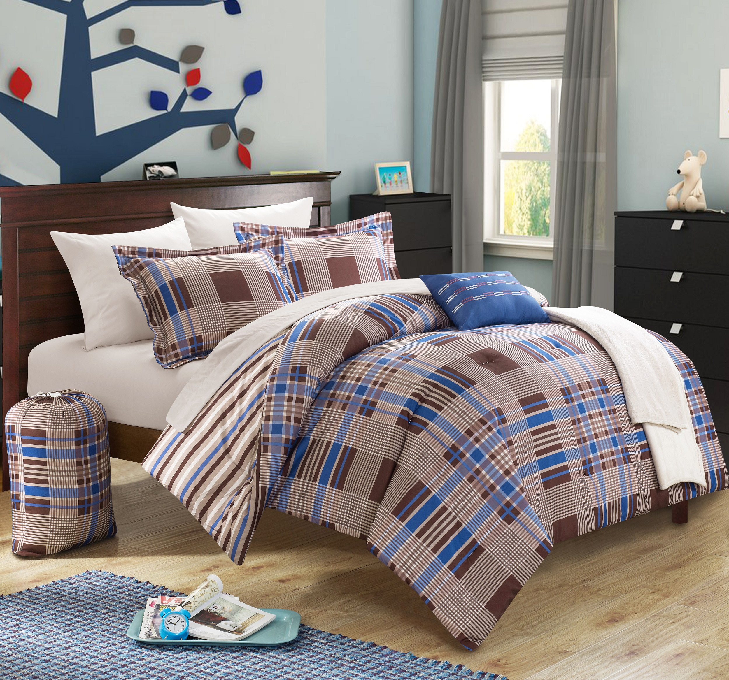 Chic Home Cambridge 10 Piece Reversible Bed In a Bag Comforter Set