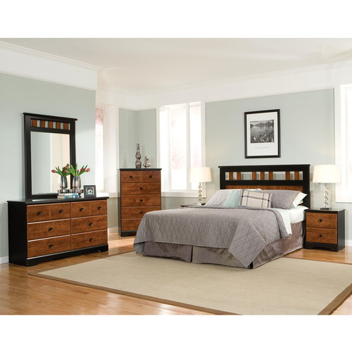 Cambridge Westminster Queen Panel 5 Piece Bedroom Set