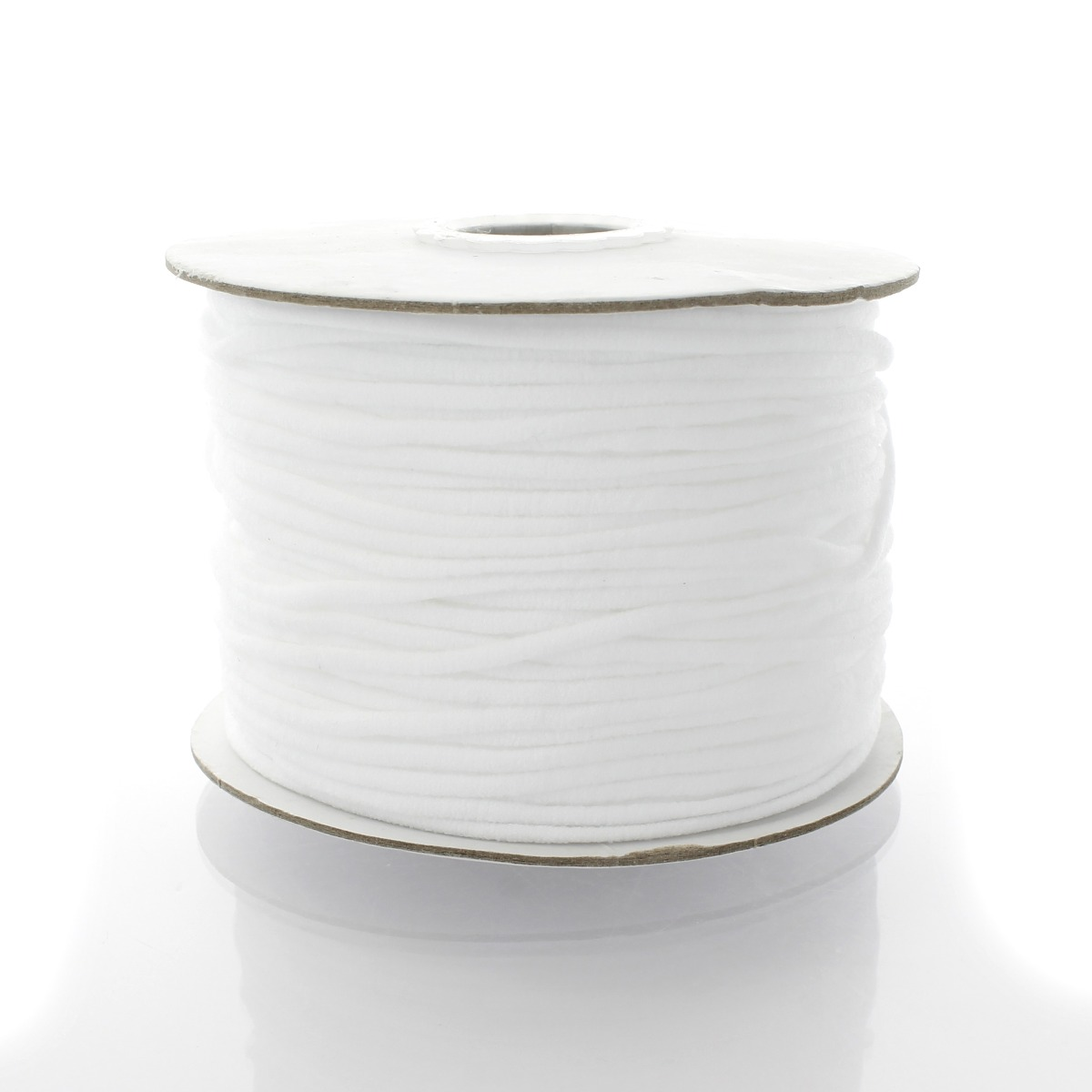 109-Yard Clover S Silk Thread Assortments Size 50 Winter White and Black 2 Each of White