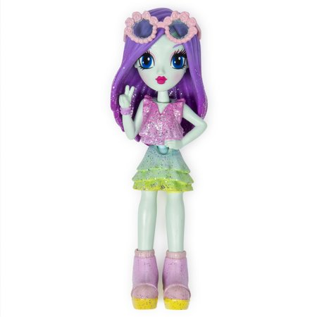Off The Hook Style Doll, Brooklyn (Spring Dance), 4-inch Small Doll with Mix and Match Fashions, for Girls Aged 5 and Up