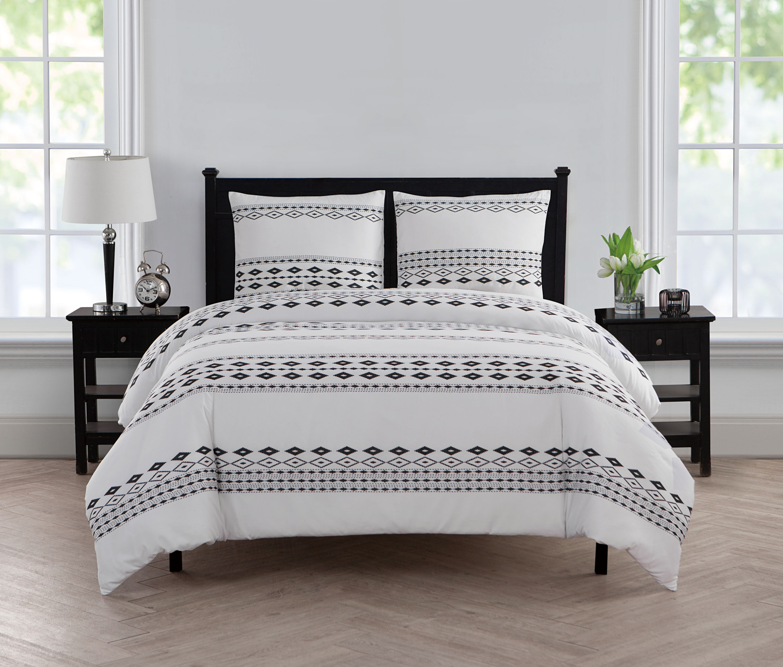 VCNY Home Black / White Aztec Printed 2/3 Piece Bedding Duvet