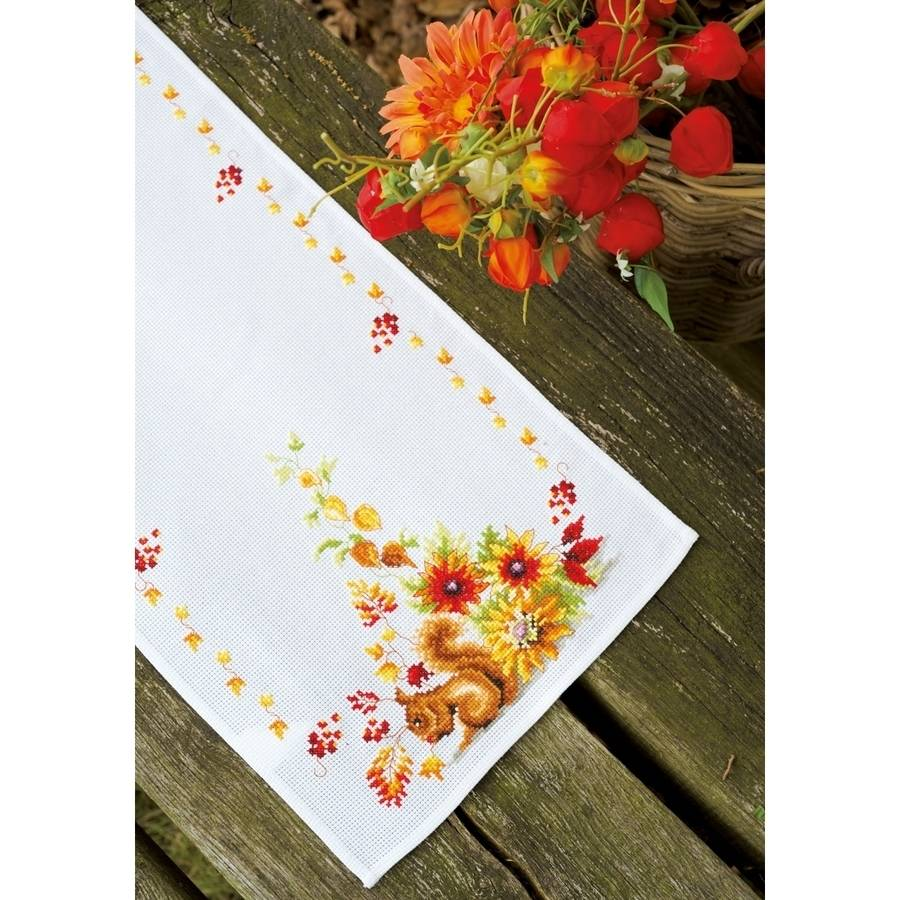 """Vervaco Squirrel In Autumn Table Runner On Aida Counted Cross Stitch, 12.8"""" x 33.6"""", 11-Count"""