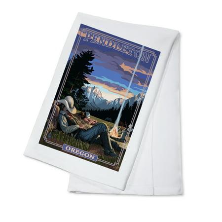 Cowboy Camping Night Scene - Pendleton, Oregon - Lantern Press Poster (100% Cotton Kitchen Towel) (Casino Cowboy Scene)