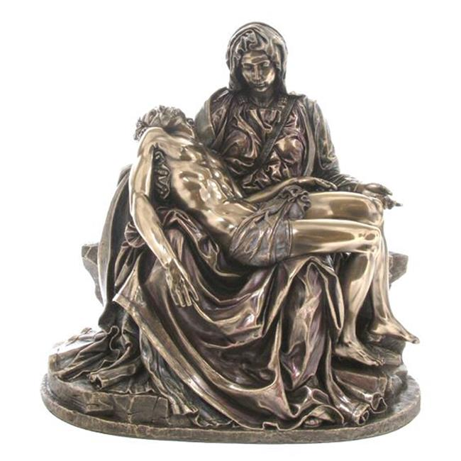 compare michelangelo pieta The pieta (italian: , english: the pity 1498–1499) is a work of renaissance sculpture by michelangelo buonarroti, housed in st peter's basilica, vatican cityit is the first of a number of.