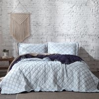 Lianna Ultra-Soft Diamond Quilted Tassle-Fringed Quilt Set