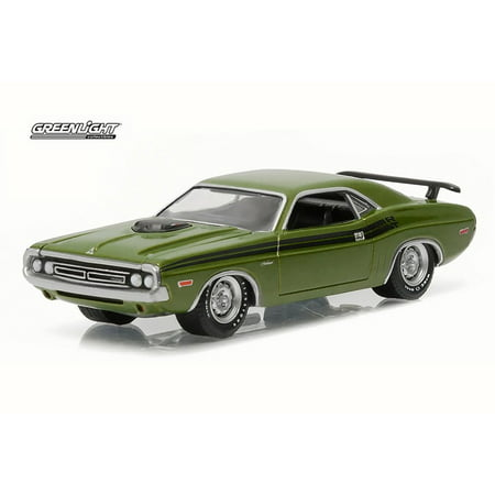 - 1971 Dodge Challenger R/T, Lime Green - Greenlight 13160C/48 - 1/64 Scale Diecast Model Toy Car
