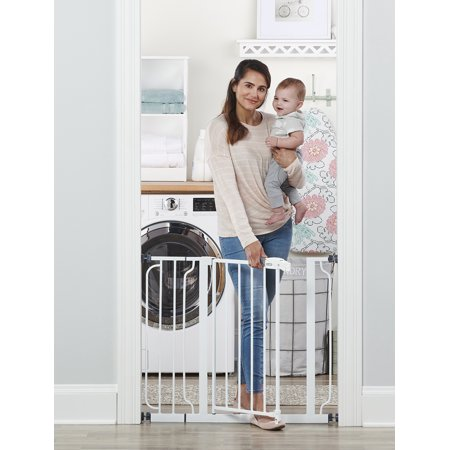 Regalo Easy Step 38.5-Inch Extra Wide Walk Thru Baby Gate, Includes 6-Inch Extension Kit, 4 Pack Pressure Mount Kit, 4 Pack Wall Cups and Mounting (Summer Infant Walk Thru Retractable Baby Gate)