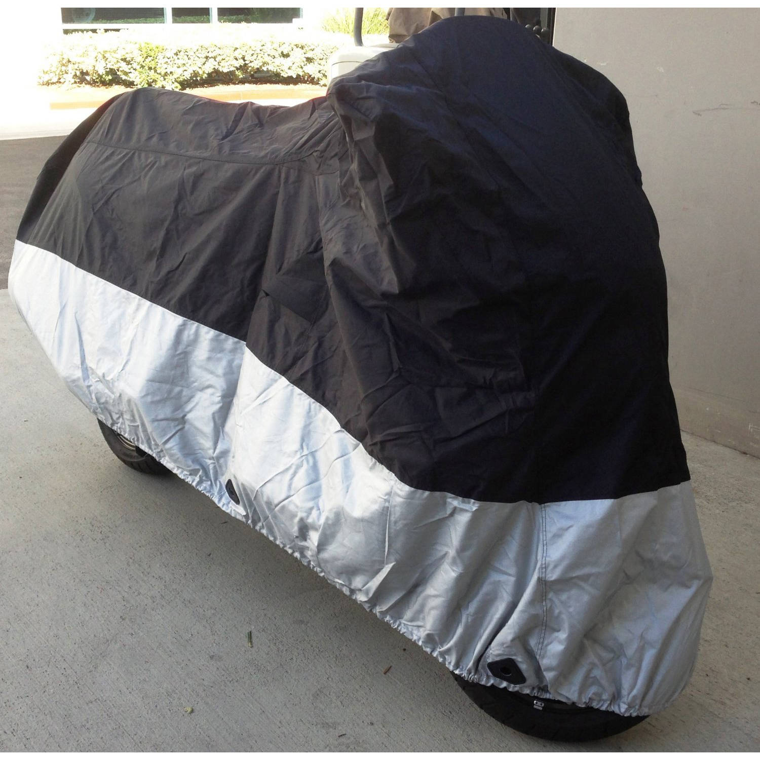 """Formosa Covers Heavy Duty Motorcycle cover (L) with cable & lock. Fits up to 84"""" length sport bike, dirt bike, small cruiser"""