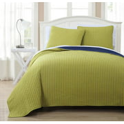 Project Runway Oversized Reversible Quilted Coverlet Set Wrinkle-Free (Mini Bedspread Set) : Citron and Navy, Full/Queen