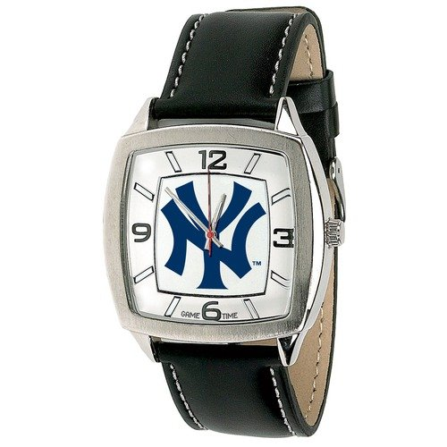 MLB - New York Yankees Cap Insignia Retro Watch