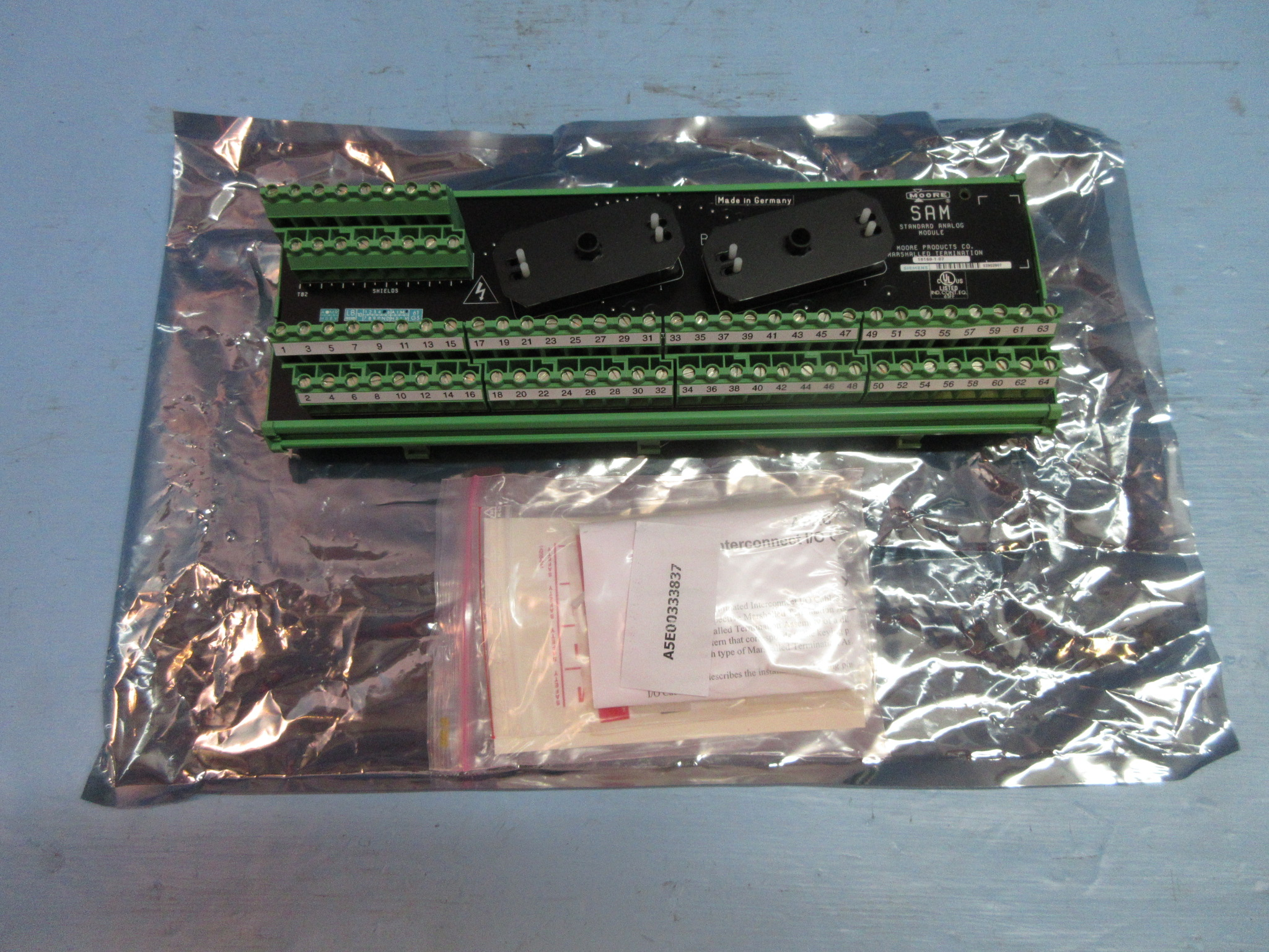 New Moore 16169-1-07 SAM Standard Analog Module Siemens PLC New Never Installed by Moore