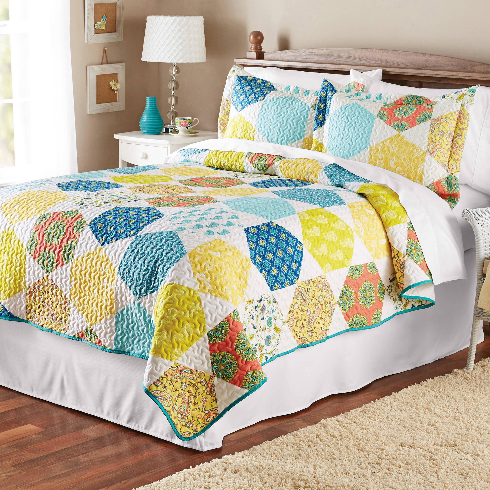 Mainstays Multicolor Hexagons Quilt Collection