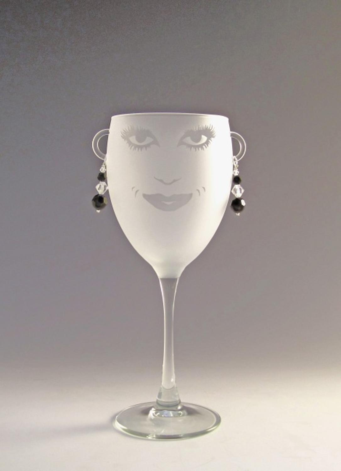 Set of 4 Lola Etched Wine Drinking Glasses with Amethyst Earrings 10.5 ounces by Diva At Home